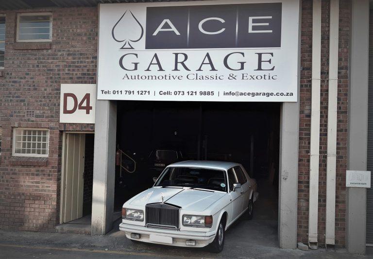 Classic car shop